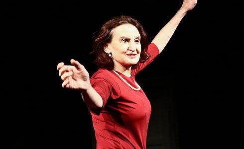 Eva Holubov�
