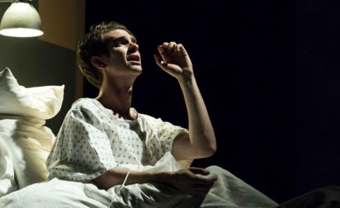 A. Garfield - Angels in America (Zdroj: H. Maybanks)