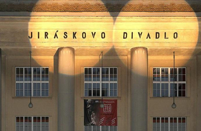 Jiráskův Hronov 2019 - budova divadla