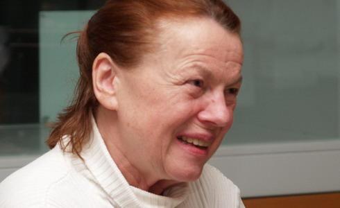 Iva Jan�urov�