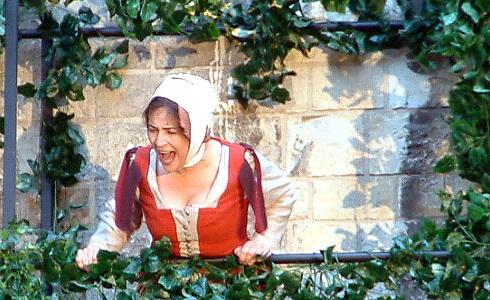 Emília Vášáryová ve hře Romeo a Julie (LSS)