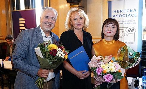 O. Kepka, B. Munzarová a Z. Truplová na TK