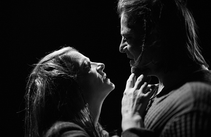 Eva Elsnerová a Štěpán Coufal (Macbeth)