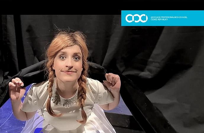 Kristýna Daňhelová (#zvedameopony - video MdB)