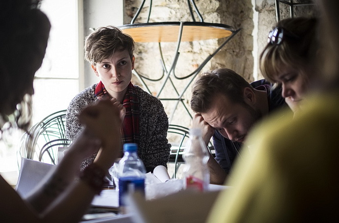 Režisérka Alžběta Burianová s dramaturgem Davidem Košťákem