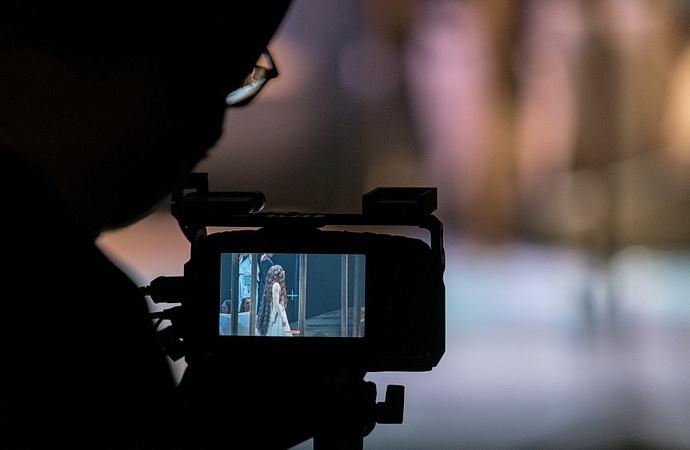 Kamera firmy Dramox při natáčení