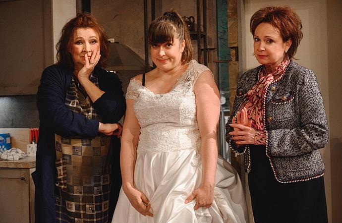 Zlata Adamovská, Ilona Svobodová a Anežka Rusevová