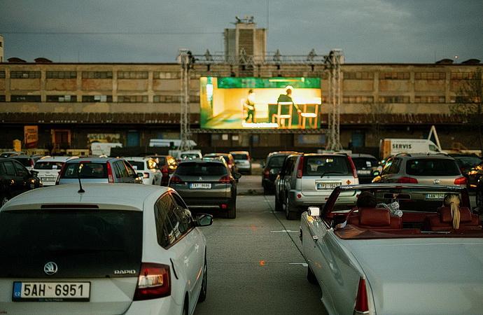 Artparking náklaďák (Foto: Jan Hromádko)