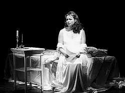 Jitka Burgetová –Taťána v ústeckém Oněginovi (Foto archív divadla)