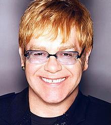 Elton John (Foto z webu)