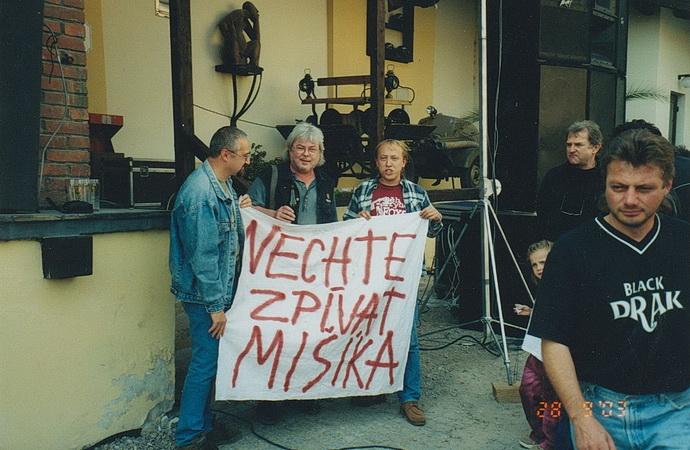 Nechte zpívat Mišíka