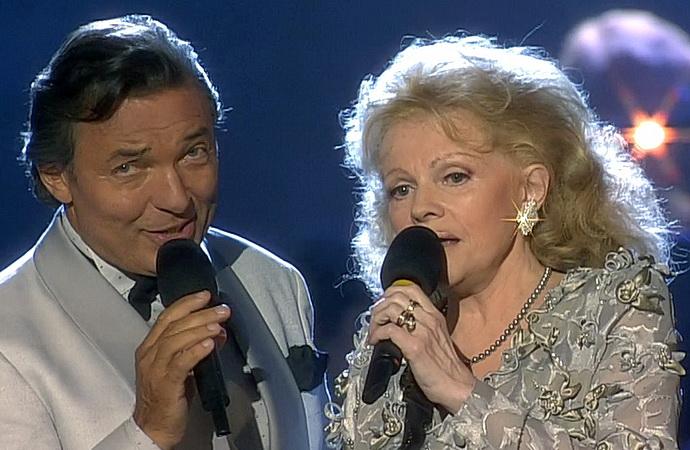 Karel Gott a Eva Pilarová (Už dávno nejsem dítě)