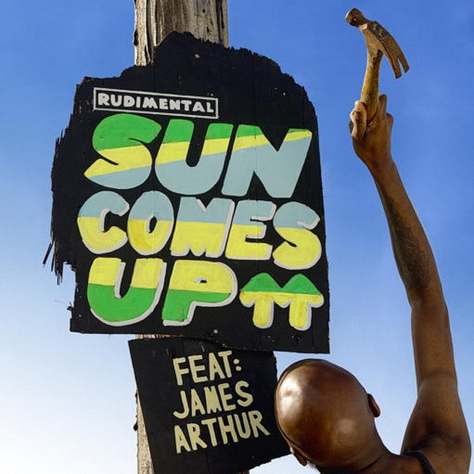 Přebal singlu Sun Comes Up