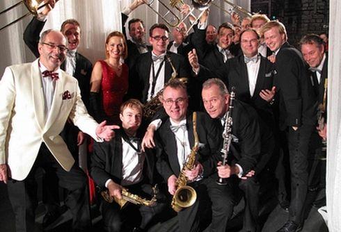 Glenn Miller Orchestra - v osmi městech ČR