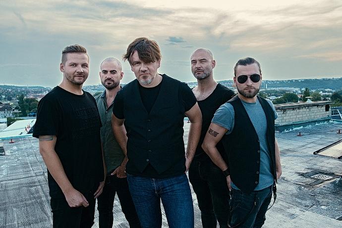 Michal hrůza s kapelou