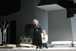 Olga Makarina a Valentin Prolat (Norma)