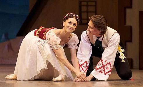 Marianela Núnez a Vadim Muntagirov (Foto: Bill Cooper)