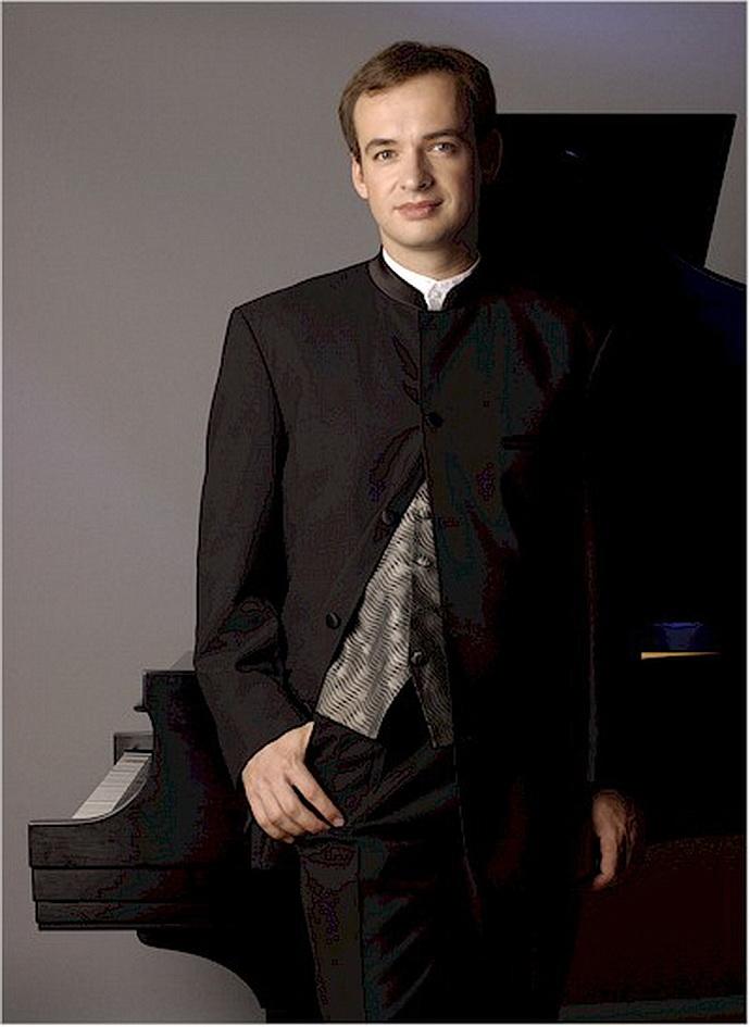 Klavírista Martin Kasík