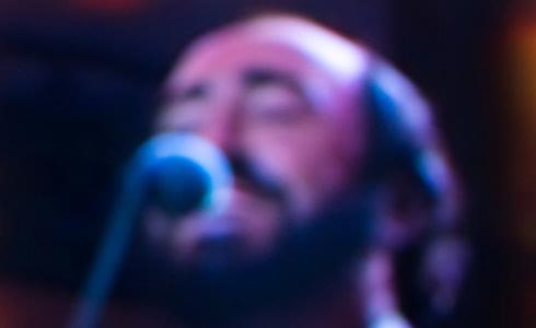 Eros Ramazotti (Vzpomínka na Luciana Pavarottiho)