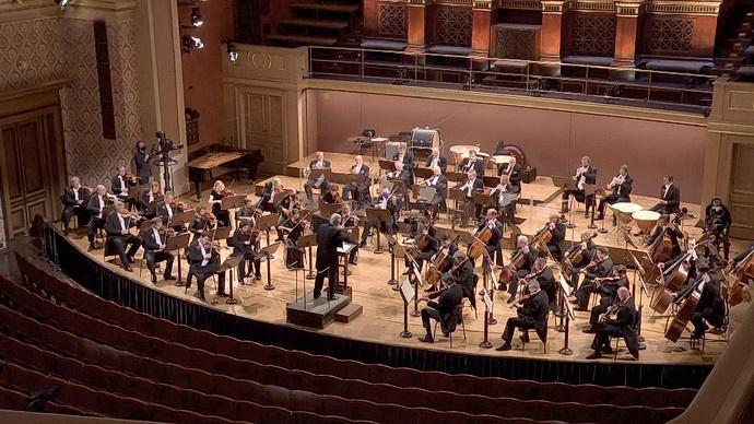 Jarní hvězdy České filharmonie živě