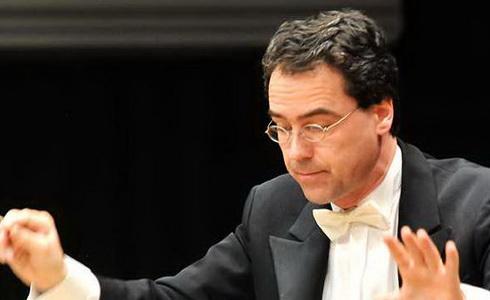 Dirigent Andreas Sebastian Weiser