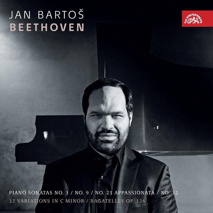 Přebal 2CD Beethovenovy klavírní sonáty