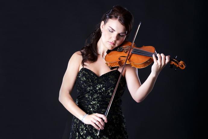 Houslistka Olga Šroubková (Zdroj M. Martinů)