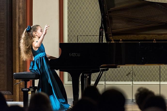 Nora Lubbadová