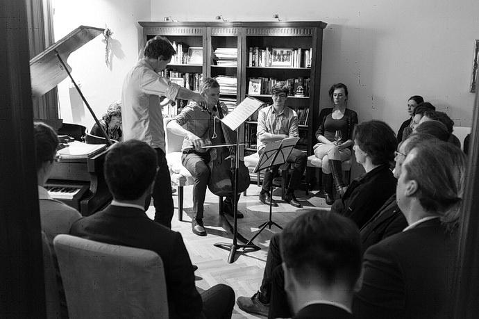 Violoncellista T.Jamník, houslista J.Špaček (Foto: Radovan)