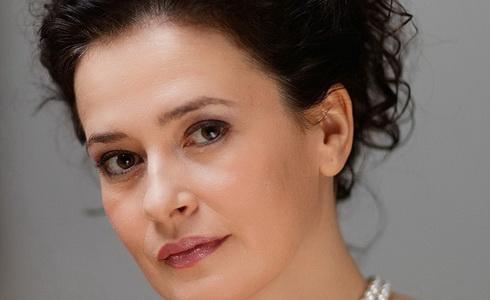 Simona Houda Šaturová