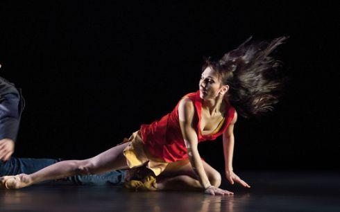 Dance At The Crossroads - Edita Raušerová