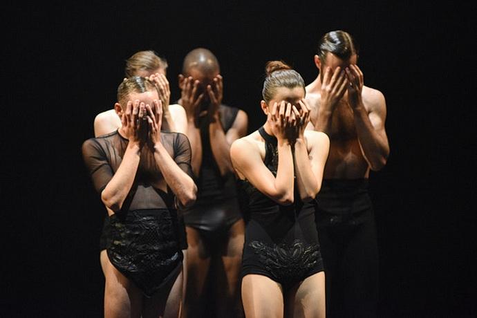 L-E-V Dance Company - OCD Love (Foto: Regina Brocke)