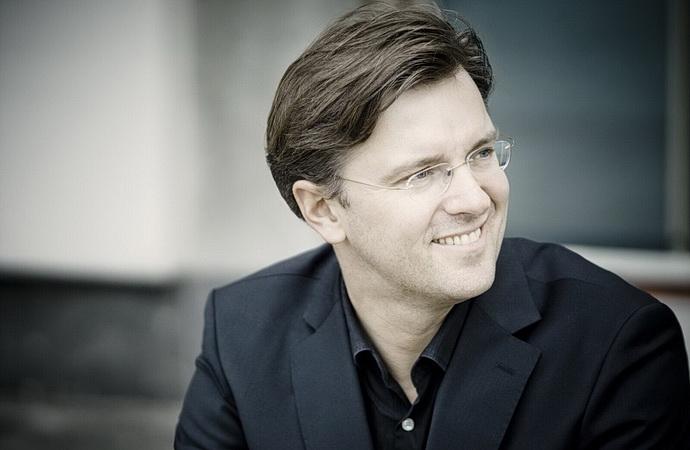 Tomáš Netopil (Foto: Marco_Borggreve)