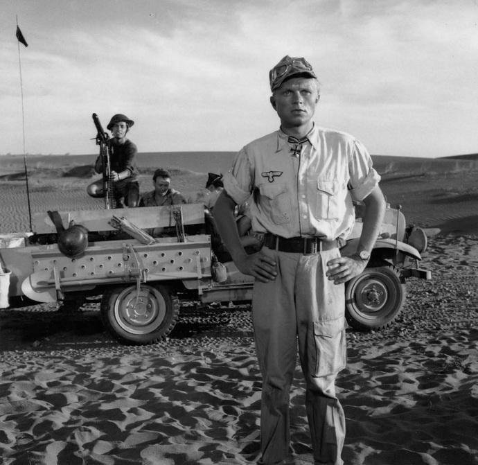 Z filmu Taxi do Tobruku