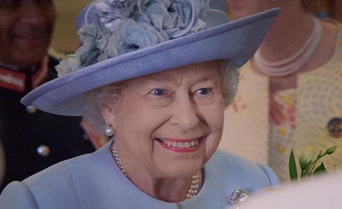 Alžběta II - devadesat
