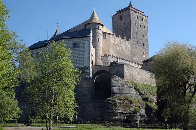 Krajinou příběhů (hrad Kost)