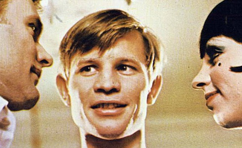 Michael York  (Kabaret)