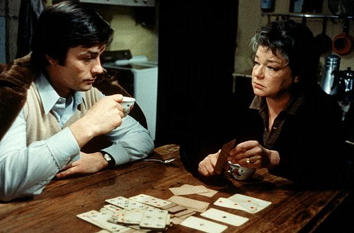 Alain Delon a Simone Signoretová (Spálené stodoly)