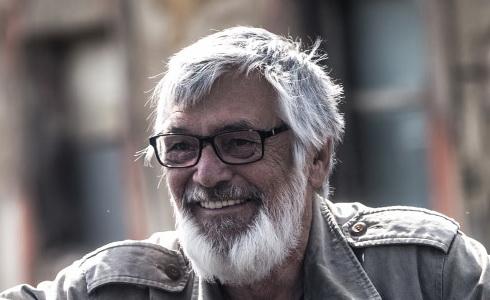 Jiří Bartoška (Teorie tygra)