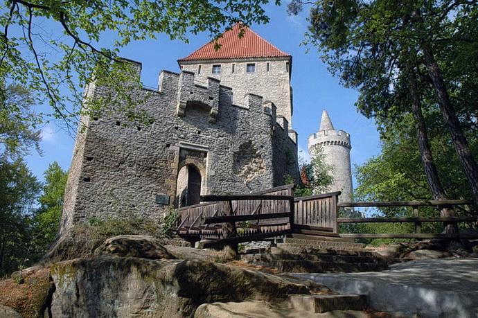 Kokořín (Krajinou příběhů českých hradů známých i neznámých)
