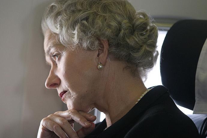 Helen Mirrenová (Královna)