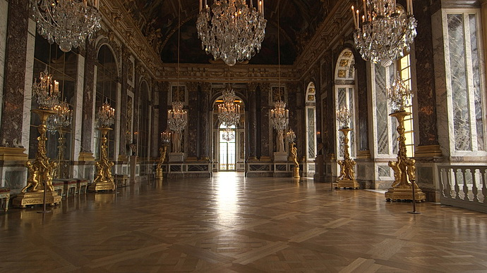 Skvostný nábytek ve Versailles
