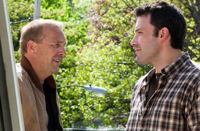 K. Costner a B. Affleck (Manažeři)