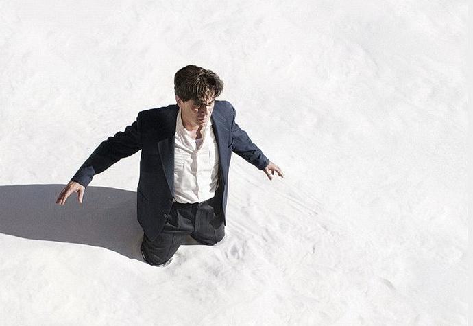 Benicio del Toro (Jimmy P.)