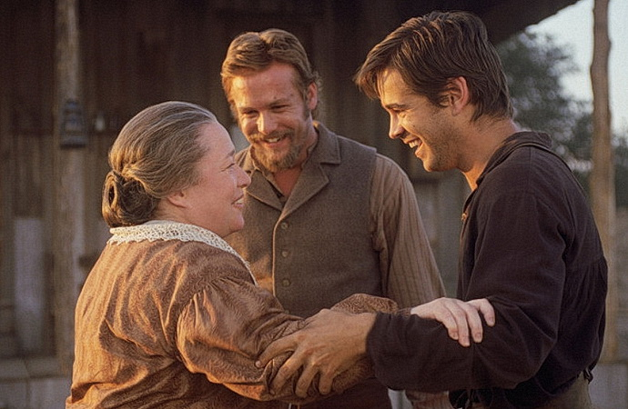 Kathy Bates, Gabriel Macht, Colin Farrell (Psanci Ameriky)