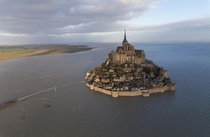 Starobylé stavby: Mont Saint-Michel