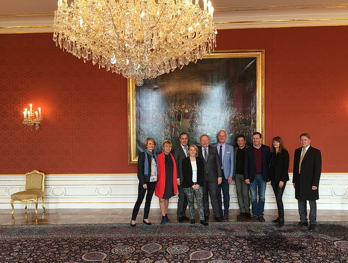 Delegace na Pražském hradě, Catherine Pégard čtvrtá zleva