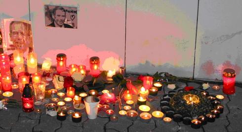 Pieta před sídlem Velvyslanectví ČR v Bratislavě
