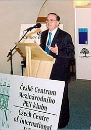 Spisovatel JIří Gruša