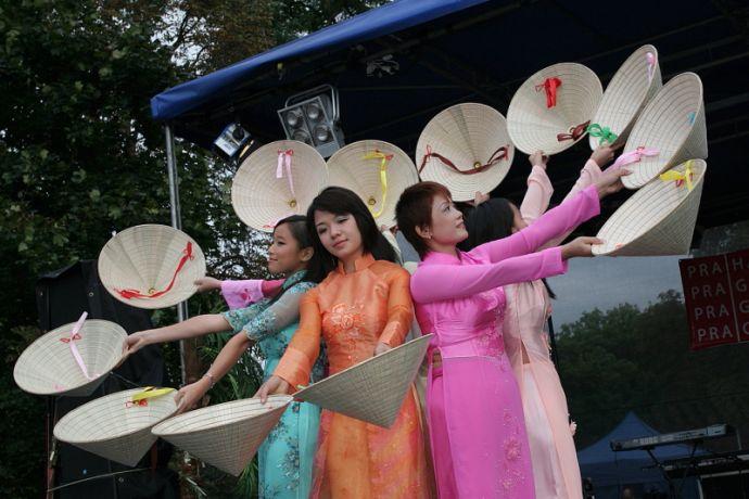 Festival barevná Devítka